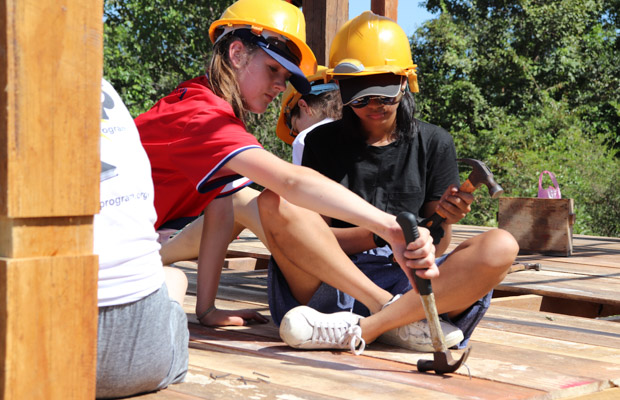 Drouin Secondary College students volunteer to build a house wit